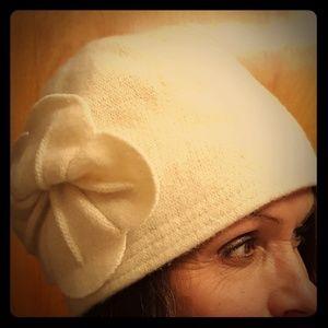 Vintage looking hat